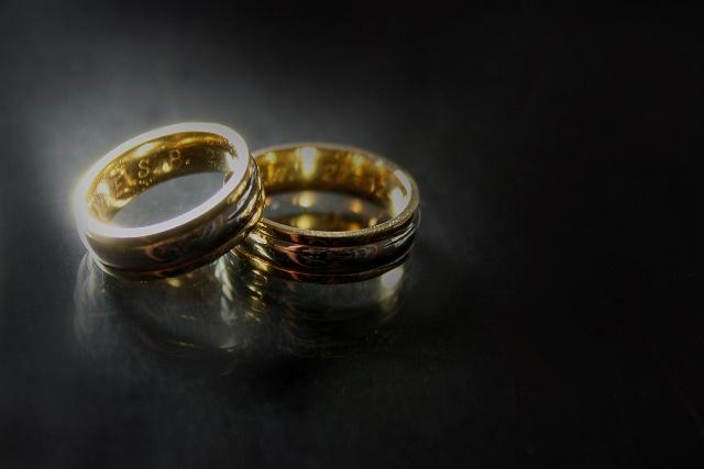 Как предпочесть золотое кольцо