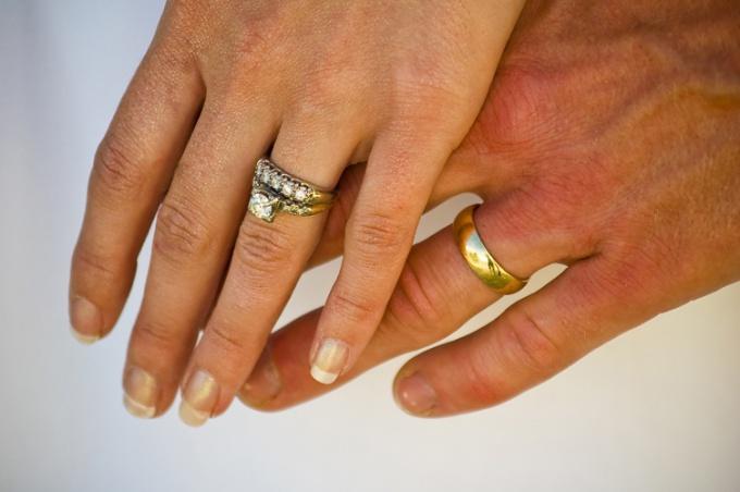 Как добиться внимания мужа