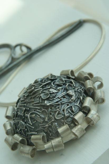 Как очистить серебряные изделия