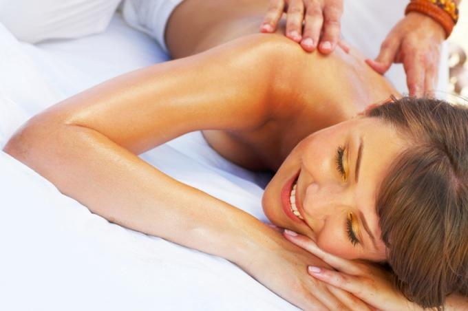 Как делать массаж при остеохондрозе