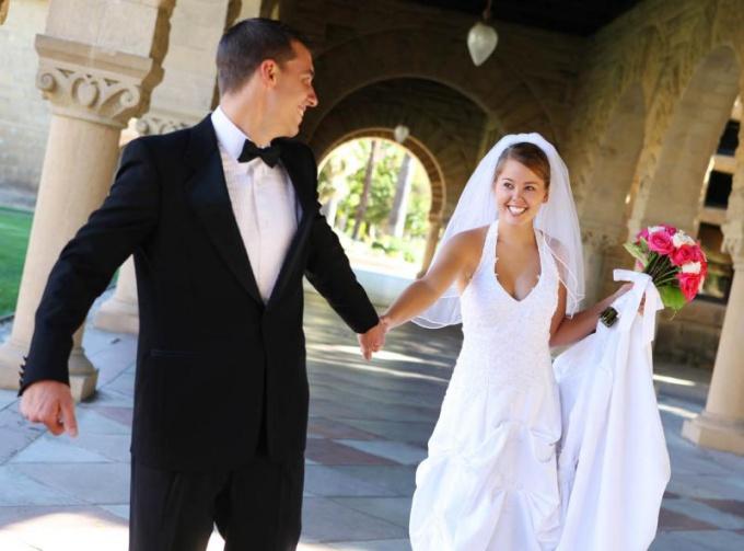 Как найти мужа за границей