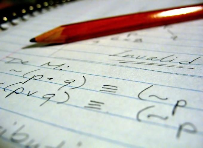 Как научить ребенка решать уравнения