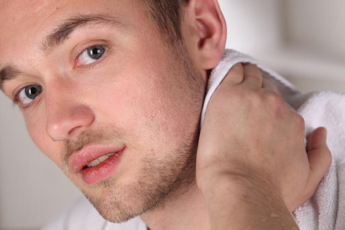 Как накачать шею быстро
