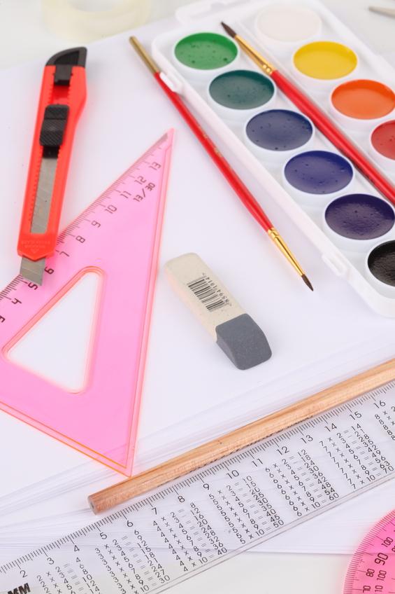 Как научиться рисовать эскизы одежды