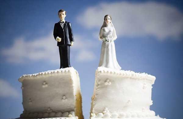 Как спасти семью от развода