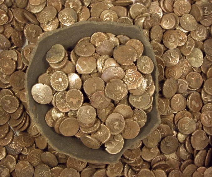 How to clean old copper coins