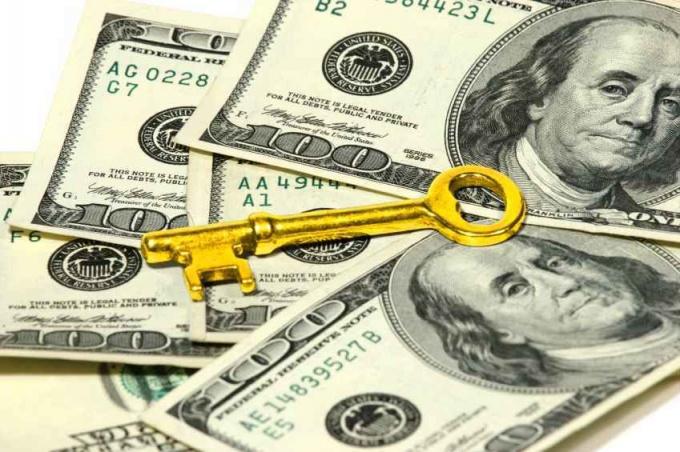 Как оплатить покупку квартиры