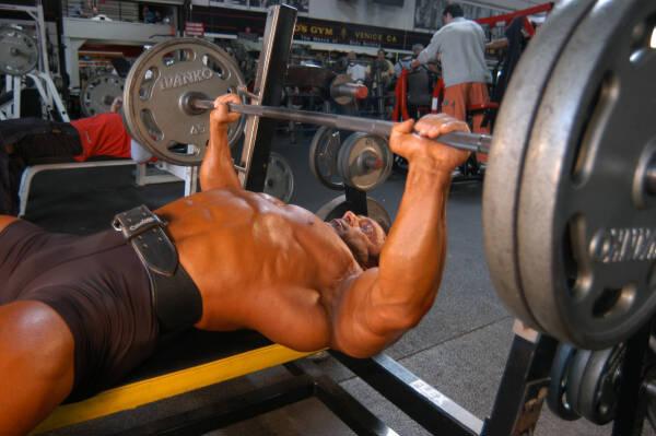 Как накачаться без стероидов