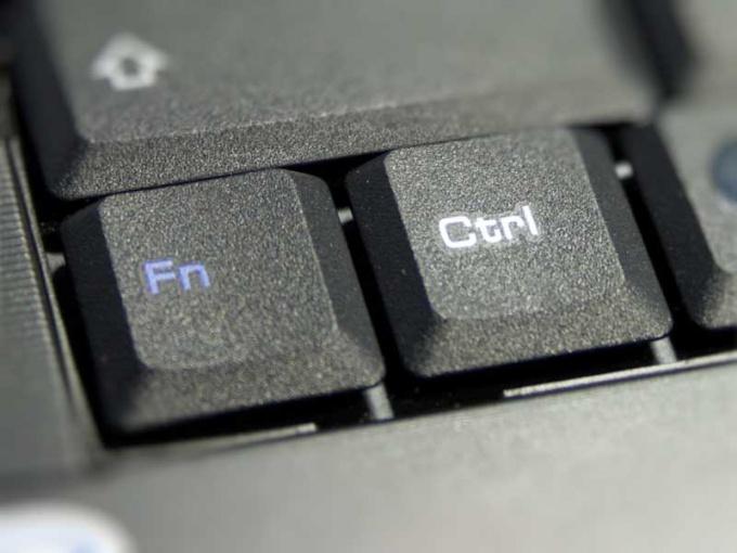 Как поменять значение клавиш