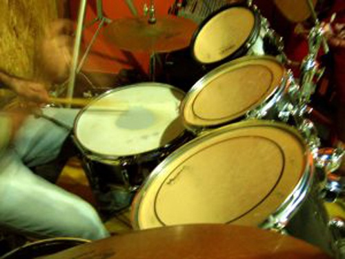 Как настроить малый барабан