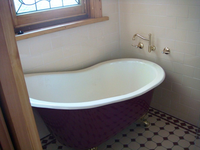 How to disassemble the tub