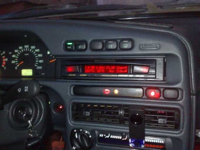 How to connect a computer to VAZ 2114