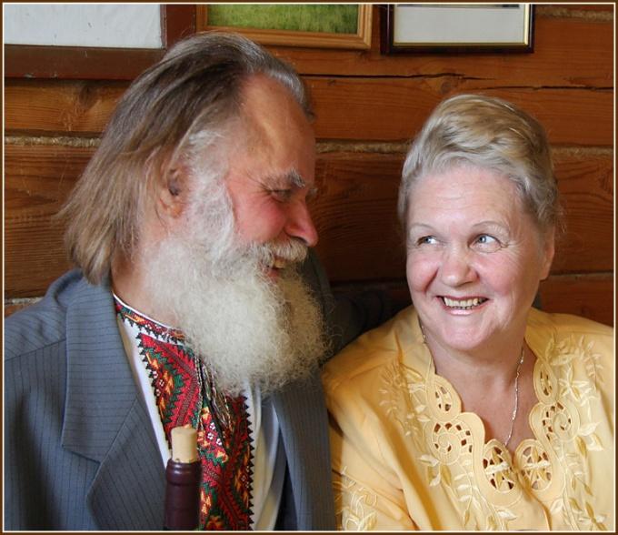 Как поздравить с золотой свадьбой