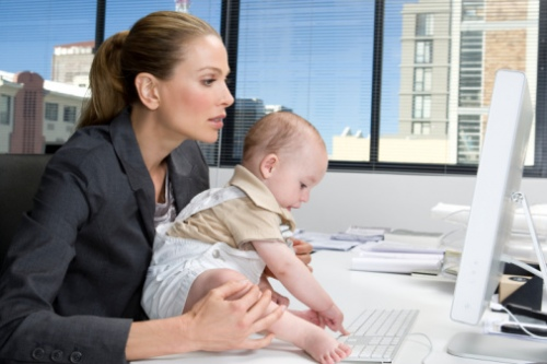 Как оформить преждевременный выход из отпуска по уходу за ребенком