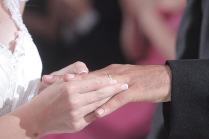 Как выйти замуж за француза
