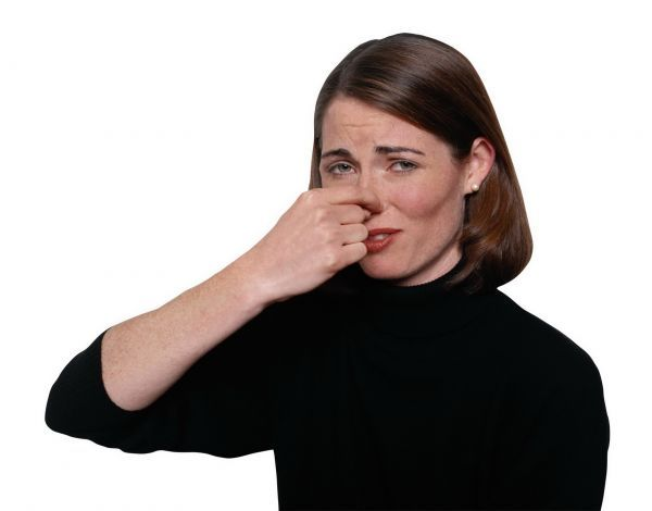 How to remove burning smell in the apartment