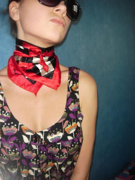 Как завязать шейный платок