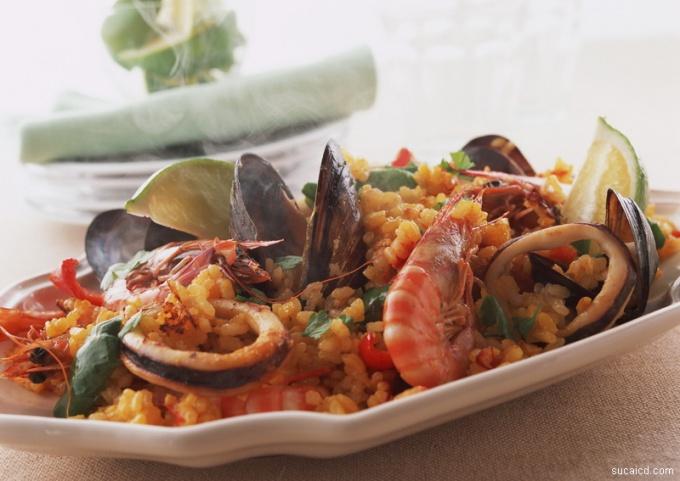 Как приготовить паэлью из морепродуктов