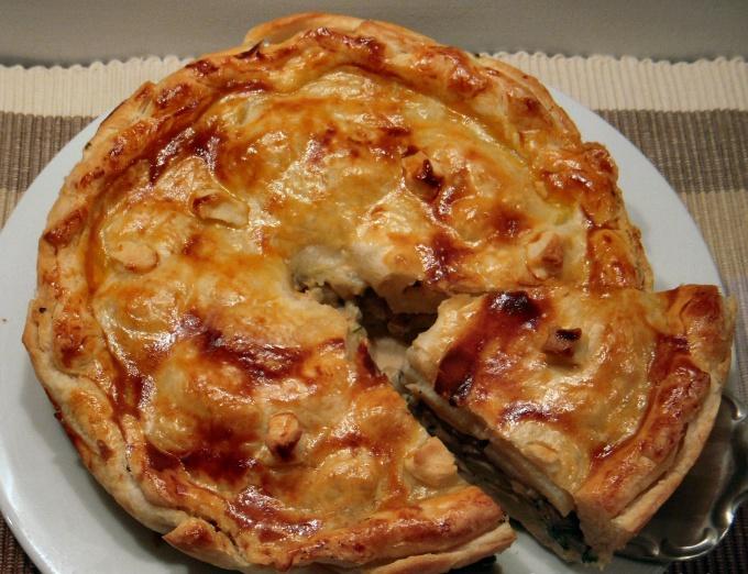 Как печь осенний пирог с лесными грибами
