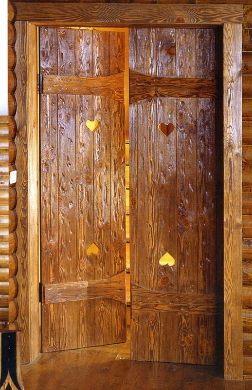 Как состарить деревянную дверь своими руками 25