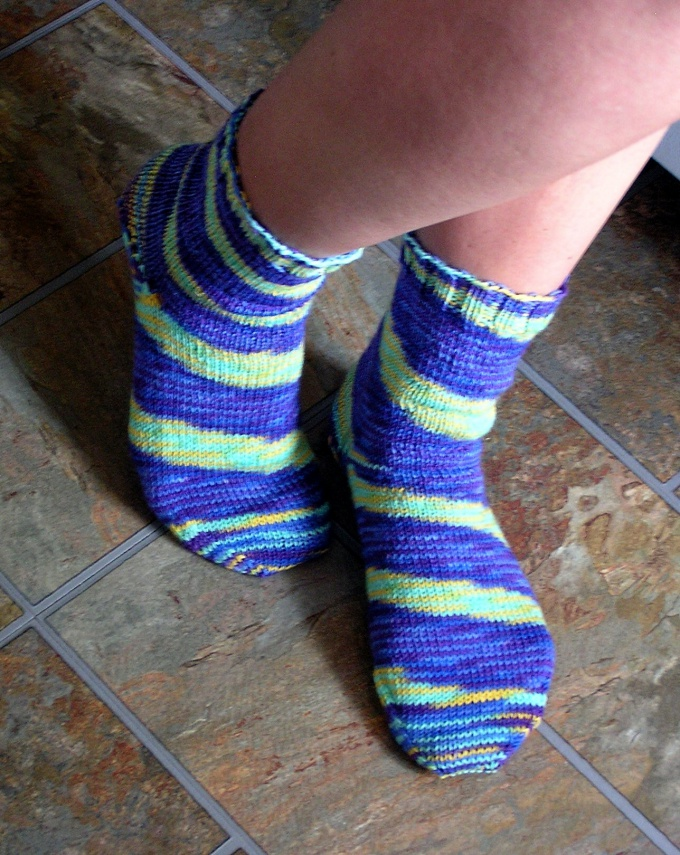 Как вязать носки с рисунком