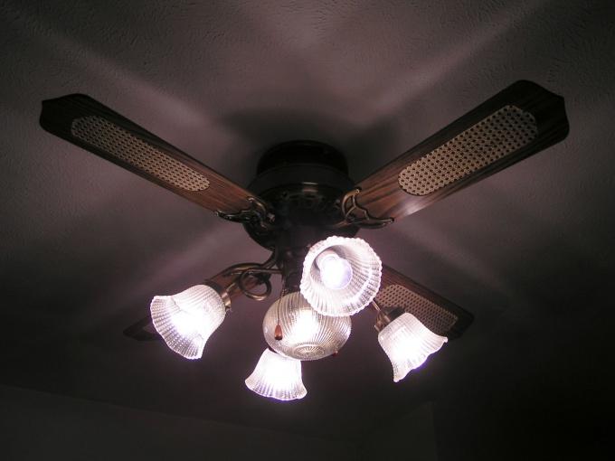 Как закрепить вентилятор