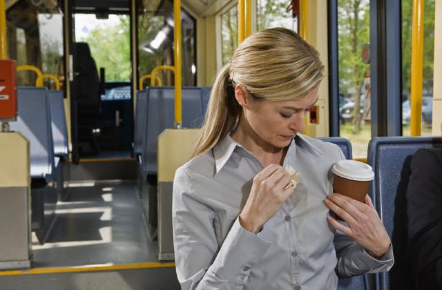 Как удалить пятна от кофе