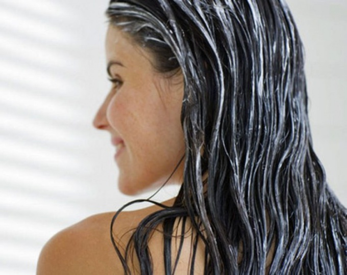 How to moisturize the scalp