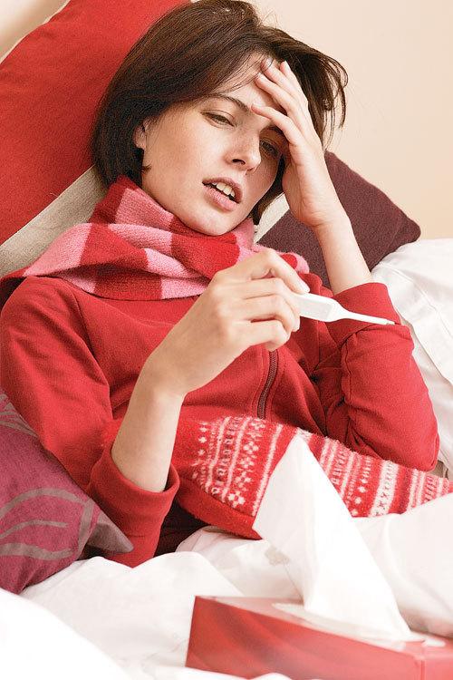 Как сбить температуру у взрослого человека
