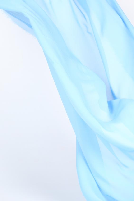 Как снять статическое электричество на одежде