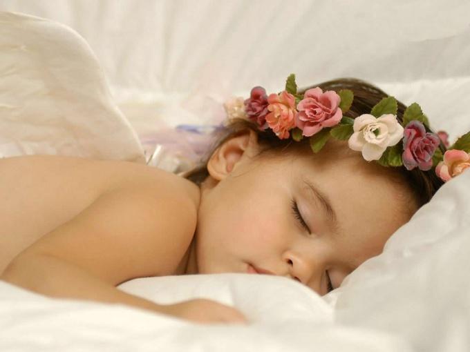 Как заставить ребёнка спать ночью