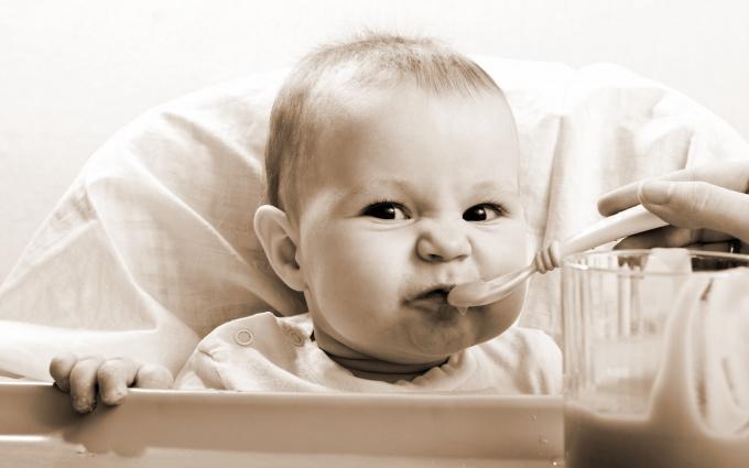 Как кормить ребёнка