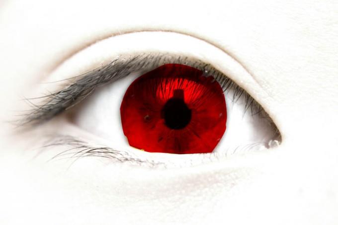 Как сделать в фотошопе красные глаза