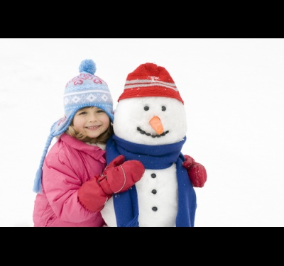Как лепить из снега с ребенком