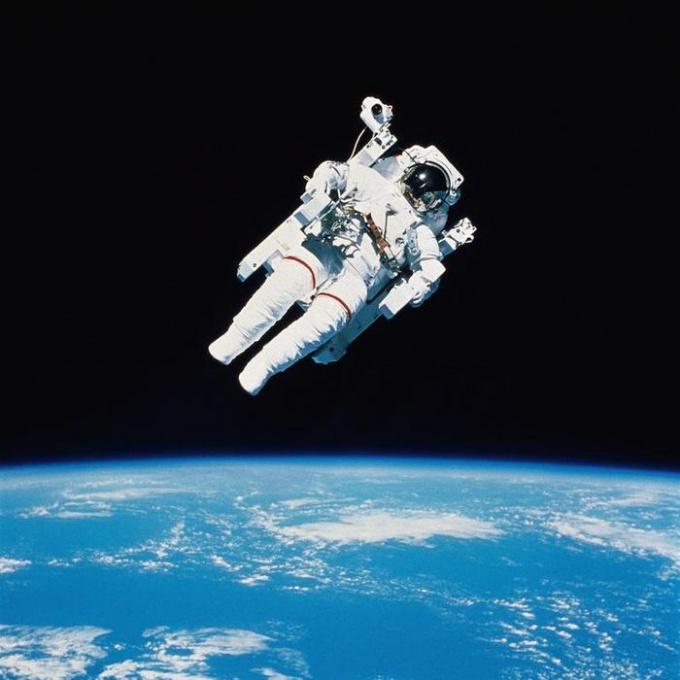 Как попасть в космонавты