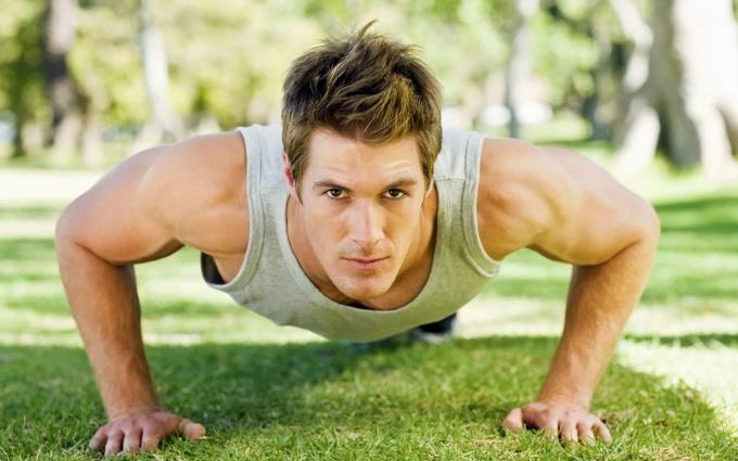 Как накачать мышцы без железа