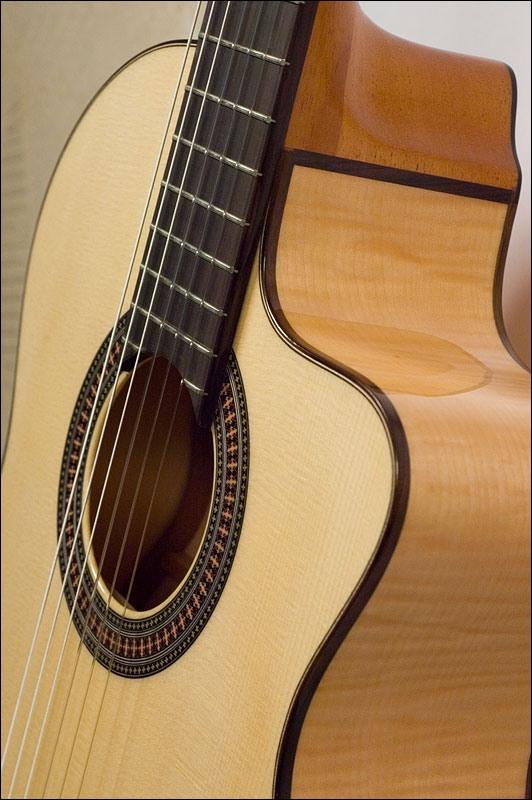 Как сделать классическую гитару