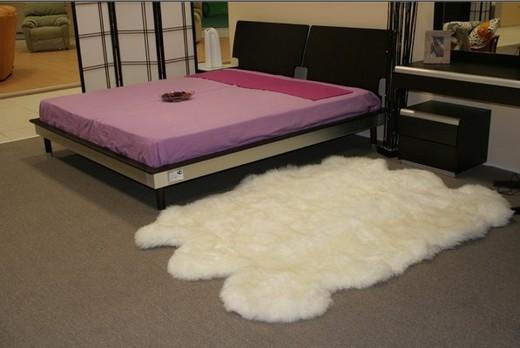 How to clean sheepskin