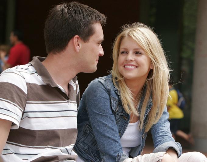 Как подобрать нужную тему беседы с девушкой