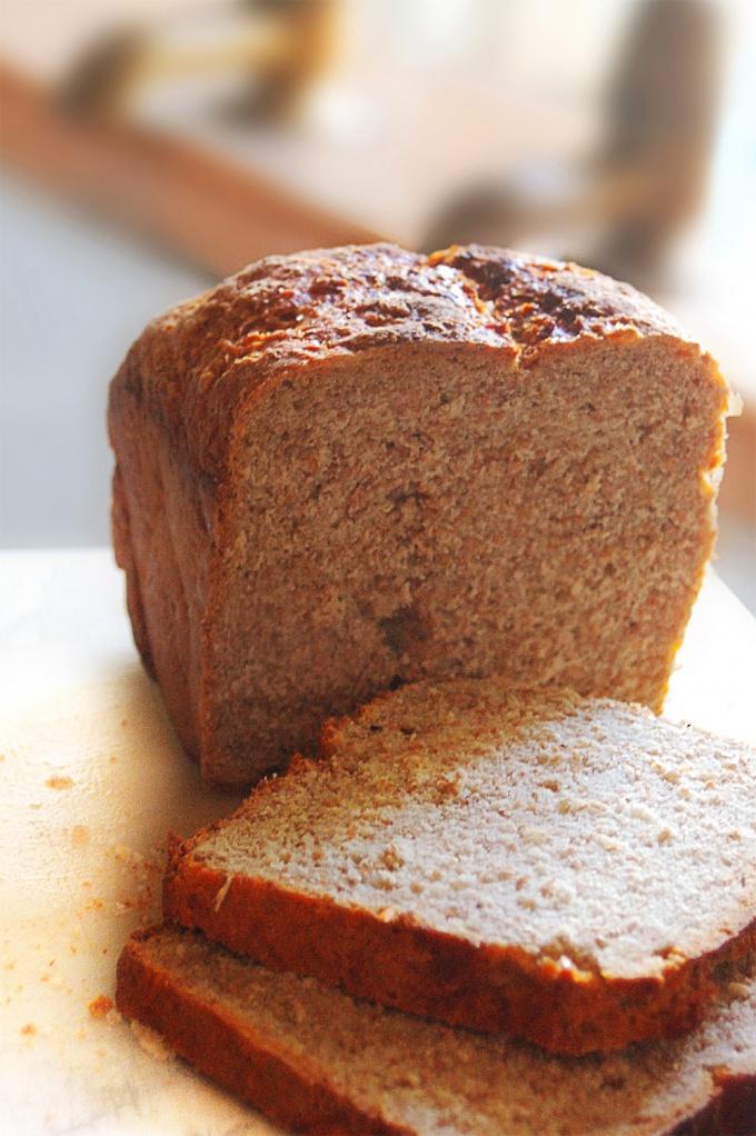 Как сделать свежим хлеб