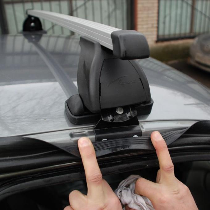 Как установить багажник на автомобиль