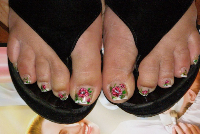 Как наращивать ногти на ногах
