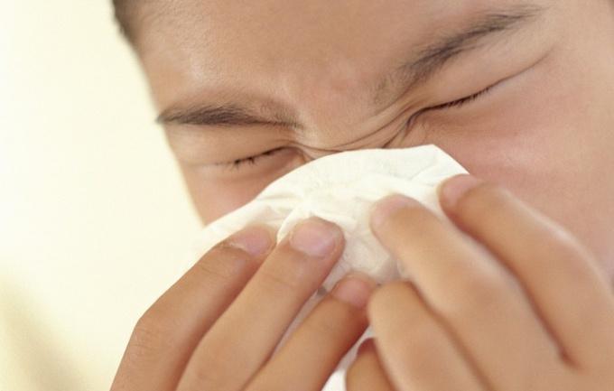 Как избавиться от аллергического насморка