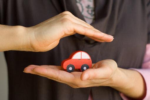 Как страховать машину
