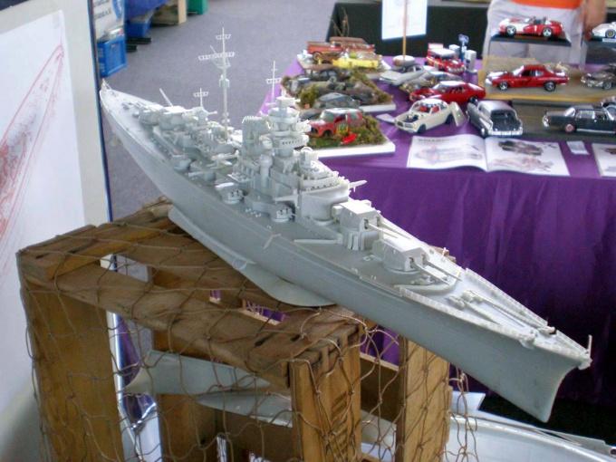 """Как собрать корабль """"Бисмарк"""""""