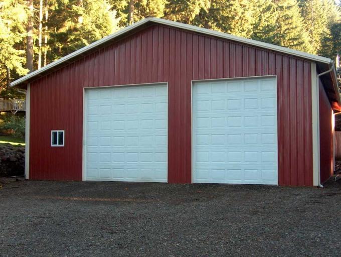 Как возвести крышу гаража