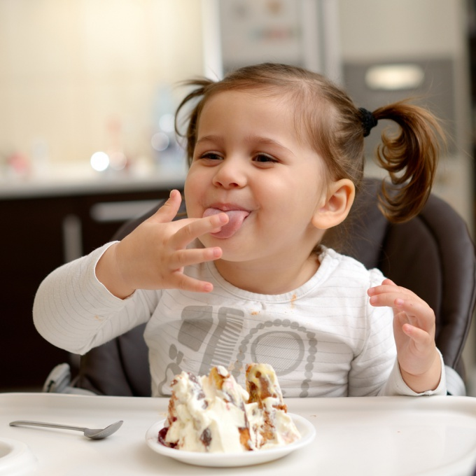 Как учить ребенка есть самостоятельно