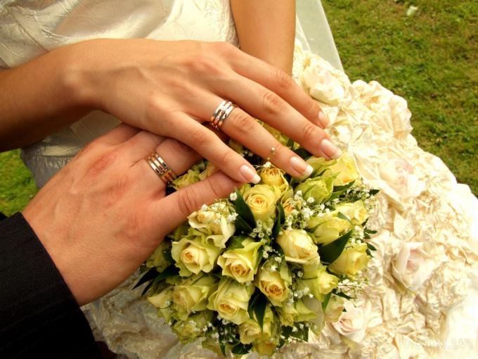 Как заставить девушку выйти замуж