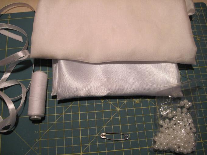 Как шить атлас