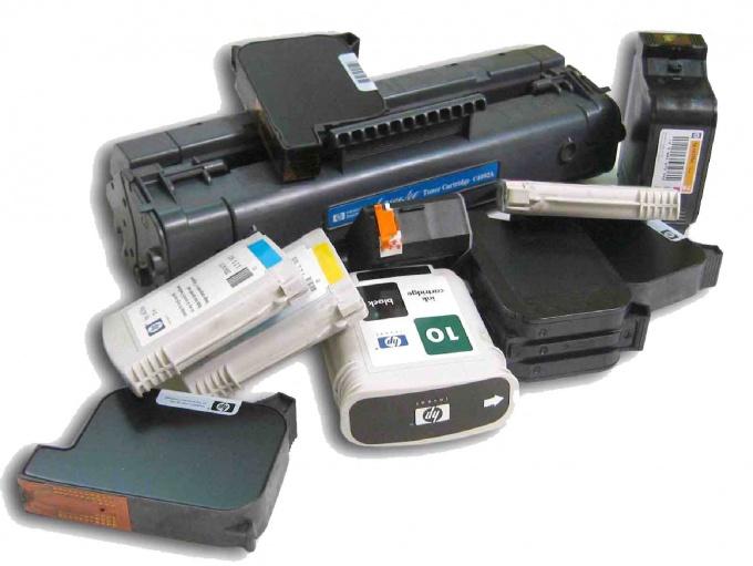 Как заправить краску в картридж принтера